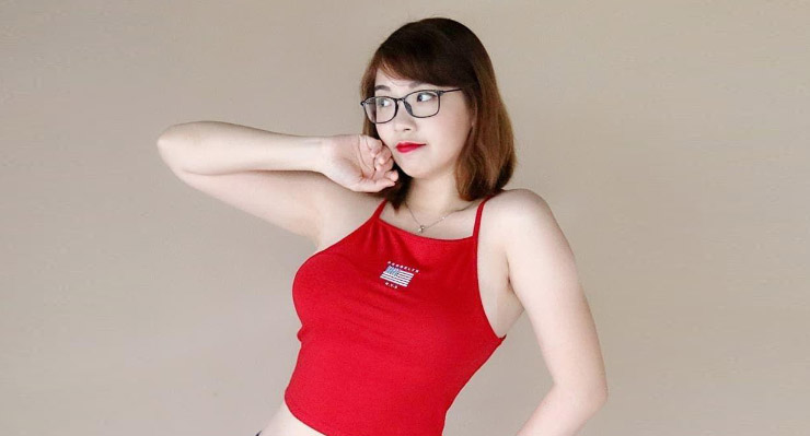 Kimi HIme Seksi TAnktop Merah