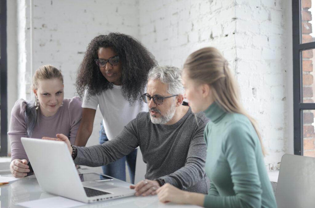 Fto diversity yang banyak dijual di Shutterstock