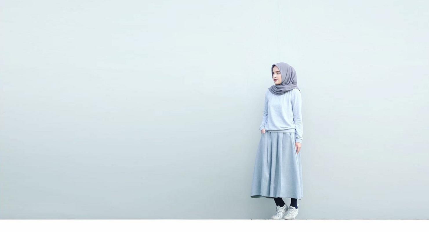 Foto model Hijab Konsep Minimalis menarik